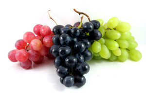 Три кисти винограда