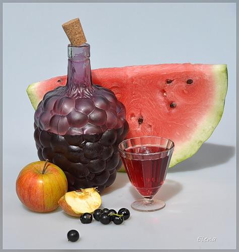 Арбуз, яблоко, вино