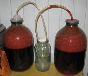 Гидрозатвор с трубкой