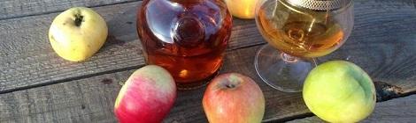 Самогон и яблоки